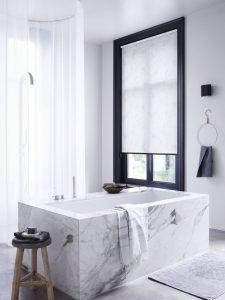 Raamdecoratie voor uw badkamer - Bastiaansen Decoratie